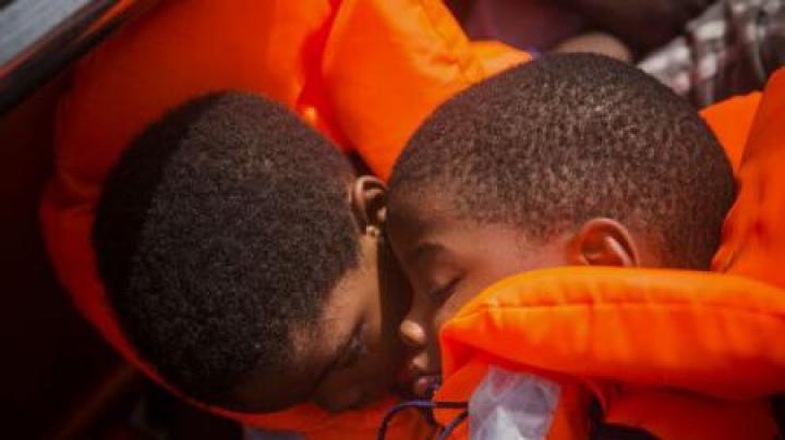 Peste jumătate de milion de copii au nevoie de ajutor umanitar în Libia