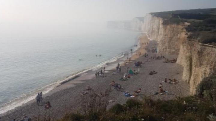 """Marea Britanie: Aproximativ 150 de persoane, intoxicate cu """"vapori chimici"""""""