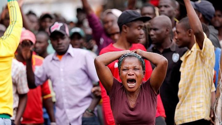 Nairobi, Kenya: Doi protestatari au fost împuşcaţi mortal de poliţişti