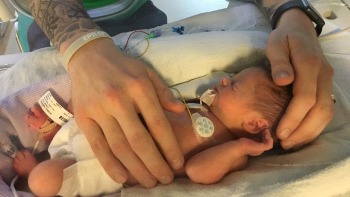 A mers la medic, dar nici nu și-a imaginat ce o așteaptă. A născut a doua zi după ce a aflat că era însărcinată în opt luni