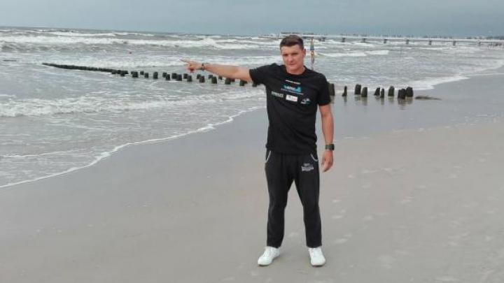 Primul om din lume care a traversat înotând Marea Baltică