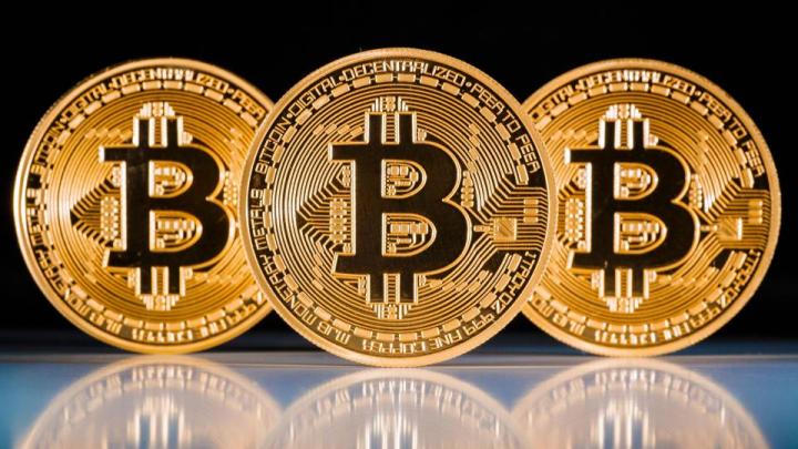 Valoarea Bitcoin a trecut pentru prima dată de pragul de 4.000 de dolari