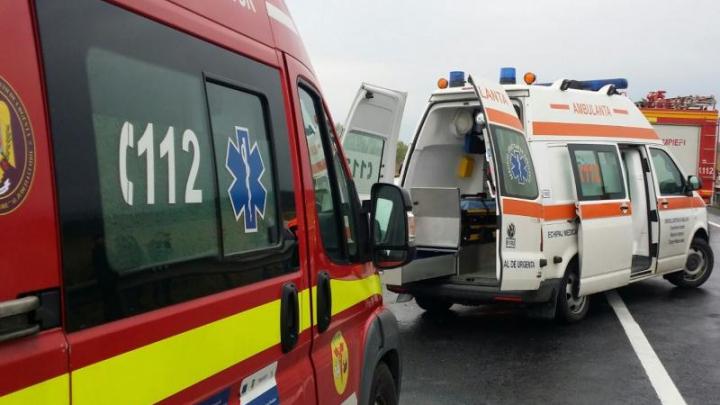 Caz CUTREMURĂTOR! O femeie și trei copii au fost spulberați de tren (VIDEO)