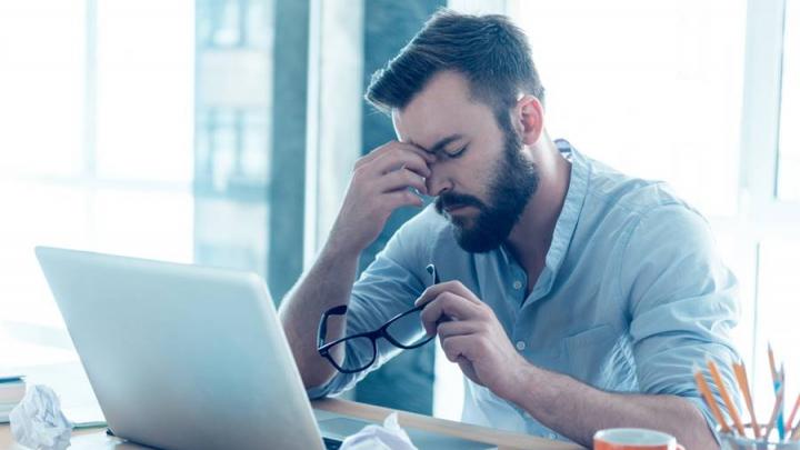 Eşti mereu obosit şi ai slăbit brusc? O boală gravă se poate ascunde în urma acestor simptome