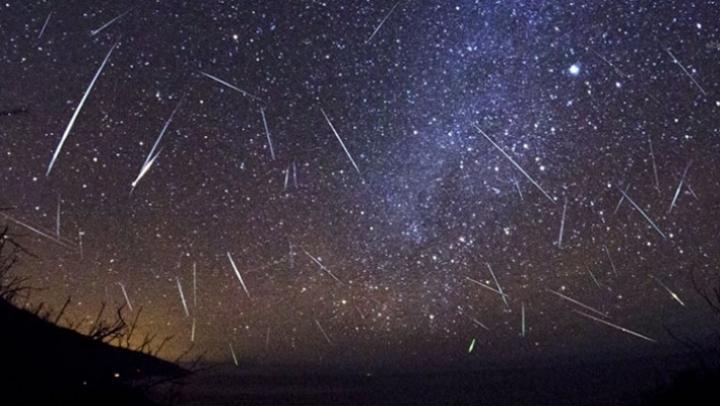 Noaptea de 12 spre 13 august, una dintre cele mai spectaculoase. Perseidele vor putea fi urmărite și în Moldova