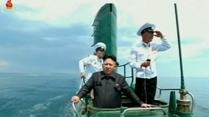 Activitate neobișnuiă a submarinelor nord-coreene. Testele Phenianului au pus SUA în alertă