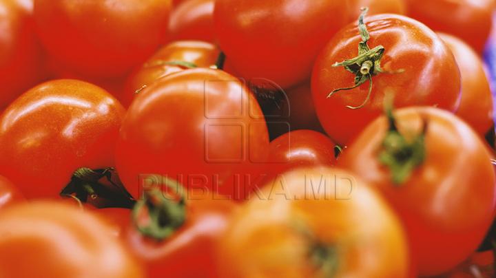 Mănânci sănătos? Spală fructele şi legumele cu oțet sau suc de lămâie înainte să le consumi