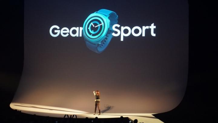 Samsung a prezentat noul smartwatch, rezistent la apă până la 50 de metri adâncime