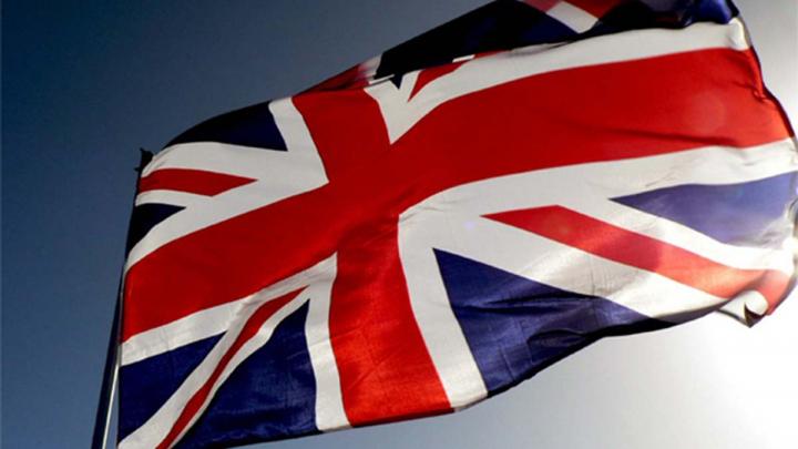 Guvernul britanic prezintă scuze după ce a trimis scrisori prin care amenință cetățeni UE cu expulzarea