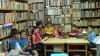 În curtea unui bloc din sectorul Buiucani a fost deschisă o bibliotecă pentru copii