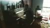 VIRAL. Un bărbat din Huston cântă la pian în casa inundată în urma uraganului Harvey (VIDEO)