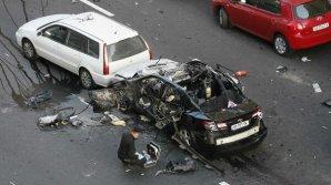 Ucraina: Un mort și trei răniți în explozia unei mașini la Kiev. Oamenii legii cercetează un eventual atac terorist