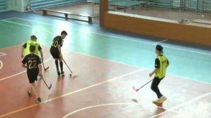 Floorball, un sport mai puţin cunoscut dar care se joacă şi în Moldova. Se planifică formarea unei echipe de fete