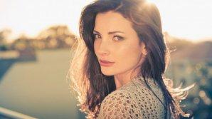 HOROSCOP: Femeia din zodiac pe care o cuceresc doar bărbații inteligenți