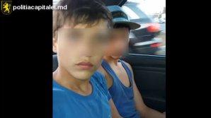 Doi adolescenţi, prinşi de poliţie după ce au jefuit o tânără în stradă