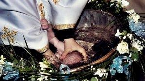 RECORD absolut în Moldova. 150 de nași la botezul unui copil