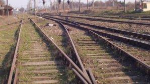 TRAGEDIE pe calea ferată. Un bărbat de 35 de ani s-a aruncat în fața trenului