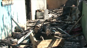 EXPLOZIE într-o casă din satul Hrubna Nouă, raionul Făleşti. O fetiţă de cinci ani ar putea fi sub dărâmături (VIDEO)