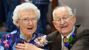 Irma și Harvey formează un cuplu de 75 de ani. Povestea bătrânilor care poartă numele celor mai devastatoare uragane