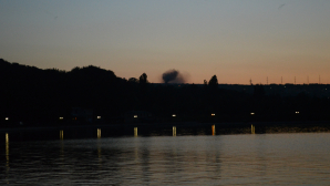 ALERTĂ! Arde dealul de la Durleşti (FOTO)