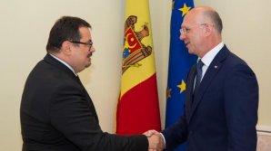 Noul ambasador al Uniunii Europene susţine vectorul european al țării noastre. Pavel Filip a avut azi o întrevedere cu Peter Michalko