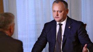 Senatorul John McCain este dezamăgit de interdicţia lui Dodon de a implica trupele moldoveneşti în exerciţiile militare din Ucraina