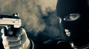 Un tânăr de 26 de ani a fost reţinut pentru mai multe jafuri comise în Chişinău