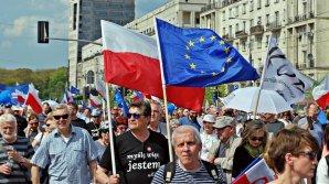 Polonia și UE ajung într-un punct critic: Nu vom ceda şantajului de a ne fi tăiate o parte din fondurile europene