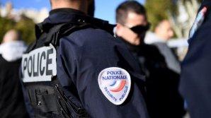 Alertă în Franţa. Cinci butelii cu gaz descoperite într-o maşină la periferia oraşului Lille