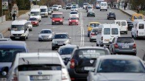 Tiraspolul acceptă modelul placuţelor neutre de înmatriculare pentru automobilele din regiune