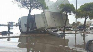 Vremea extremă face ravagii și în Europa. Orașul Livorno, devastat de o furtună