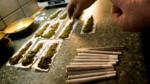Un prieten de-al lui Usatîi PRINS CU DROGURI. Funcţionarul de la Primăria municipiului Bălţi avea 100 de grame de narcotice în buzunar