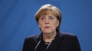 Angela Merkel și mai mulți politicieni au primit scrisori de amenințare care conțineau o pudră albă și lame de ras