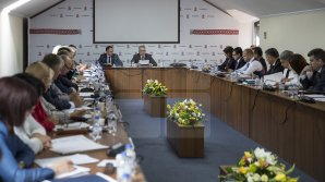PDM susține convocarea Parlamentului în ședință specială, pentru revotarea legilor respinse de Dodon