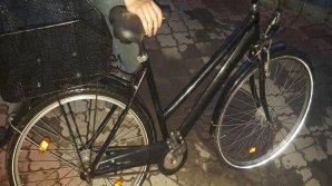 Tupeu fără margini! A furat o bicicletă pentru a se plimba, iar acum riscă să stea la închisoare doi ani