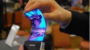 Samsung va lansa un smartphone cu ecran pliabil în 2018