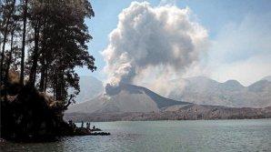 Erupție vulcanică iminentă în Bali. Peste 14.000 de oameni şi-au părăsit locuinţele