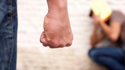 Terifiant! Un adolescent a fost bătut cu sălbăticie, după ce ar fi refuzat avansurile unei colege de clasă