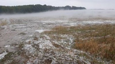 O ploaie cu grindină cât oul de găină a făcut prăpăd în nordul ţării. IMAGINI CARE TE ÎNFIOARĂ