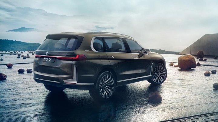 Primele imagini cu X7, cel mai mare SUV al BMW.  Va avea un preț de pornire de circa 130.000 de euro