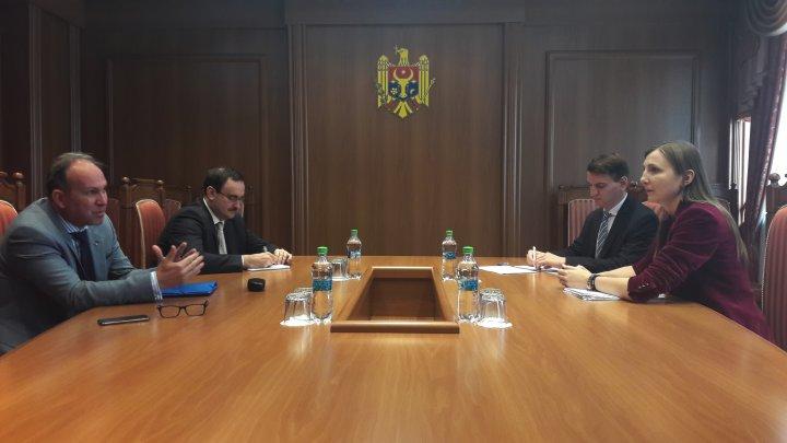 Viceministrul afacerilor externe şi integrării europene a avut o întrevedere cu ambasadorul României, Daniel Ioniţă