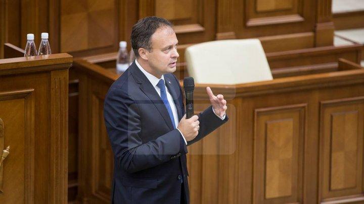 Preşedintele Parlamentului, Andrian Candu, invitat special în această seară la FABRIKA