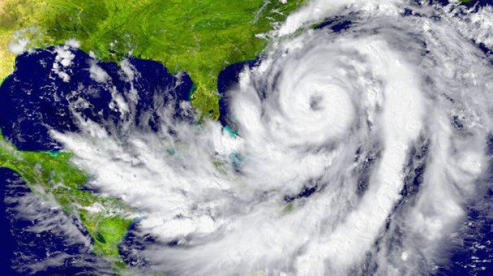 Un alt uragan ar putea LOVI Statele Unite. Furtuna tropicală Jose ar putea ajunge inclusiv în zona New York-ului