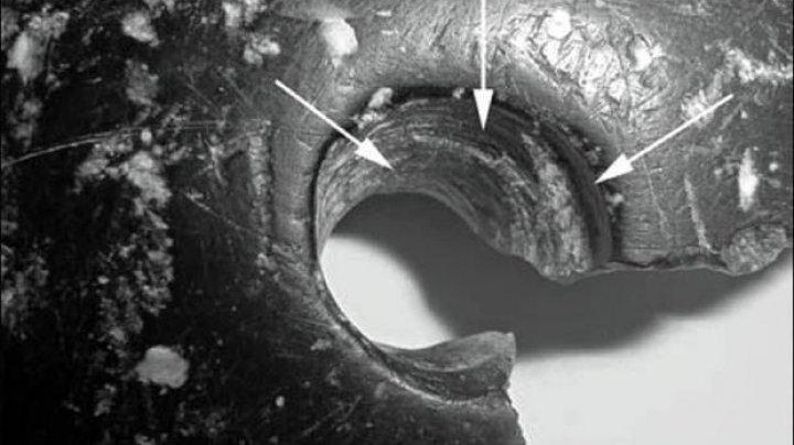 Cea mai veche bijuterie din lume, descoperită în Siberia: O brățară de peste 40.000 de ani (FOTO)