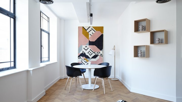 Idei mari pentru decorarea spaţiilor mici. Amenajează-ţi comod şi frumos locuinţa (VIDEO)