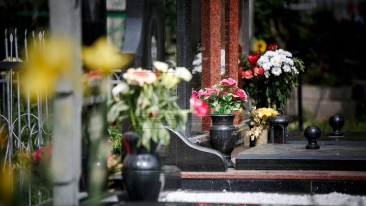 Cimitirul ostaşilor români din Orhei, renovat cu scandal. Localnicii sunt nemulțumiți de schimbările făcute