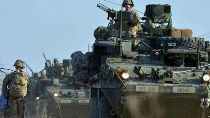 Un convoi al misiunii NATO în Afganistan a fost ţinta unui atentat sinucigaş. Trei persoane au fost rănite