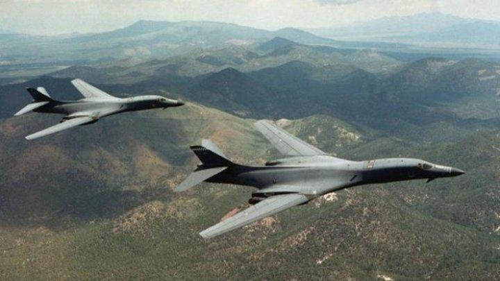 Exerciţii militare în Coreea. Aviația americană a simulat bombardamente deasupra peninsulei coreene