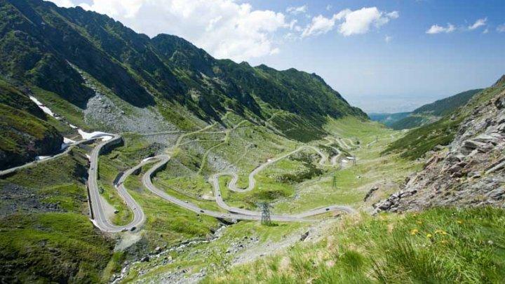 Traficul pe Transfăgărăşan se închide pentru acest weekend!