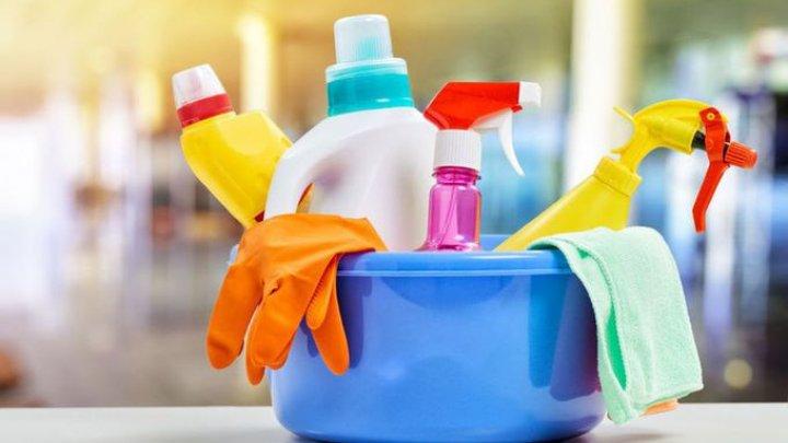 AVERTISMENT: Utilizarea frecventă a clorului sau a altor dezinfectante poate provoca apariţia unor boli mortale